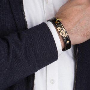 دستبند چرم برایم تو بمان